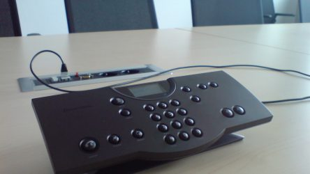 Telefonkonferenz-min